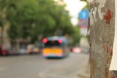 Miastowy widok Elektryczny filaru przedpole Sofia Bułgaria i tramwaju transportu publicznego tła miasto obraz royalty free
