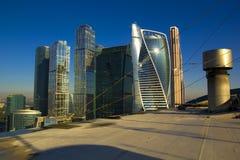 MIBC Moscú - ciudad en la puesta del sol Foto de archivo libre de regalías