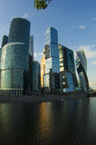 MIBC-Moskva - stad på solnedgången Royaltyfria Foton