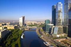 MIBC-Moskva - stad på solnedgången Arkivfoto