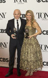 Michael Cerveris e Kelli O'Hara Grab Tony Awards 2015 Fotos de Stock