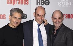 Michael Imperioli, John Ventimiglia und Matthew Weiner an den Sopranen Réunion lizenzfreie stockfotografie