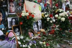 Michael Jackson dood. Reactie van de ventilators van Moskou Royalty-vrije Stock Foto's