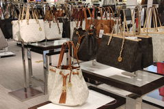 Michael Kors Handbag Fashion Store Images stock