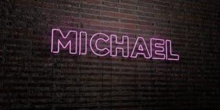 MICHAEL - Realistyczny Neonowy znak na ściana z cegieł tle - 3D odpłacający się królewskość bezpłatny akcyjny wizerunek Obrazy Stock