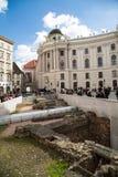 Michaelerplatz a Vienna con romano e medievale rimane immagini stock