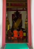 Michaelita uwielbia Buddha z wiarą Zdjęcie Stock