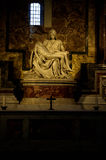 Michelangelo Pieta w St Peter Bazylice w Watykan fotografia stock