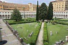 Michelangelos kloster p? baden av Diocletian, Rome royaltyfria foton