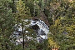 Michigan do norte ACIMA das quedas da ágata das cachoeiras imagens de stock royalty free