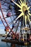 Mickey的在迪斯尼的加利福尼亚冒险公园的乐趣轮子 图库摄影