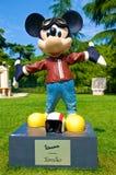 Mickey Mouse dans la livrée de Vespa Photo stock