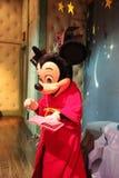 Mickey Mouse en Disneylandya Imágenes de archivo libres de regalías