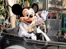 Mickey Mouse a PA delle automobili e delle stelle del Disneyland Parigi Fotografia Stock Libera da Diritti