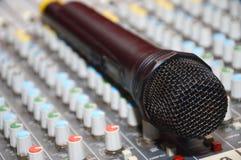 Micrófono Imagen de archivo libre de regalías