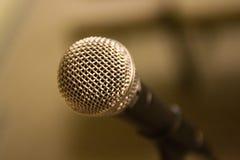 Micrófono de Shure SM-58 Imágenes de archivo libres de regalías