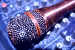 Micrófono del vintage imágenes de archivo libres de regalías