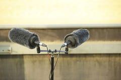 Micrófono doble del deporte profesional en un estadio imagen de archivo libre de regalías