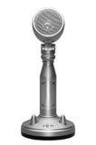 Micrófono elegante del metal aislado con la trayectoria de recortes foto de archivo libre de regalías