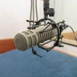 Micrófono en el sitio de la grabación (foto 1: 1) Imagenes de archivo