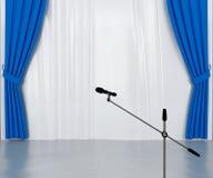 Micrófono en la etapa Foto de archivo libre de regalías
