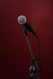 Micrófono en rojo Fotos de archivo libres de regalías