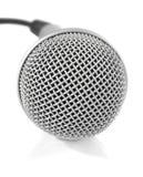 Micrófono metálico gris con el cable Foto de archivo libre de regalías