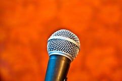 Micrófono negro Imagen de archivo