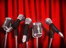 Micrófonos de la reunión de la conferencia Foto de archivo libre de regalías