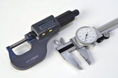 Micrómetro y calibrador Fotografía de archivo libre de regalías