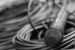 Micrófono negro Fotos de archivo
