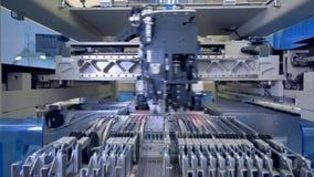 Micro-elektronicaproductielijn De productie van de microschakelingsspaander 4K stock videobeelden