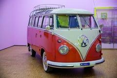 Microbús antiguo Volkswagen Fotos de archivo libres de regalías
