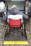 Microb?s para f?sicamente las personas discapacitadas foto de archivo libre de regalías
