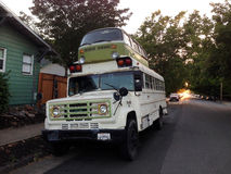 Microbus autobus szkolny, Petaluma, Kalifornia obrazy stock