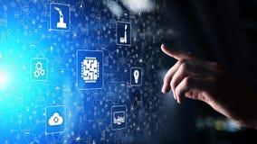 Microchip, inteligência artificial, automatização e Internet das coisas IOT, integração de Digitas Conceito da tecnologia imagens de stock