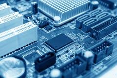 Microchip sulla scheda madre Fotografie Stock