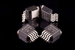 Microcircuits på svart Royaltyfria Foton