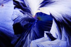 Microcrystals del ácido tartárico en luz polarizada imagen de archivo