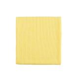 Microfiber在白色背景的清洁毛巾 免版税库存照片