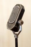 Microfone do vintage fotografia de stock royalty free