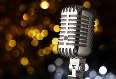 Microfone do vintage no estágio Fotografia de Stock