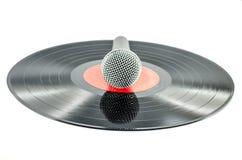 Microfone no disco velho Fotos de Stock Royalty Free