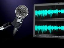 Microfone no estúdio de gravação. Fotos de Stock Royalty Free