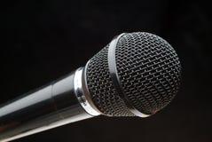 Microfone preto Imagens de Stock