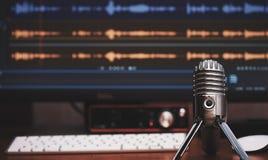Microfone 1 Registro audio da casa imagem de stock royalty free