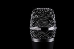 Microfone sem fio no fundo preto Imagem de Stock