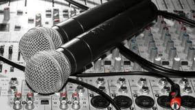 Microfones e um misturador Foto de Stock Royalty Free