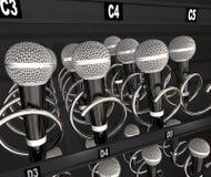Microfones que vendem a competição do canto do talento da máquina do petisco Fotografia de Stock