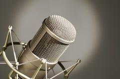 Microfono in studio. Immagini Stock Libere da Diritti